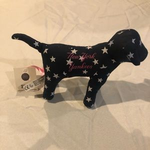 New York Yankees VS PINK Dog Collectible
